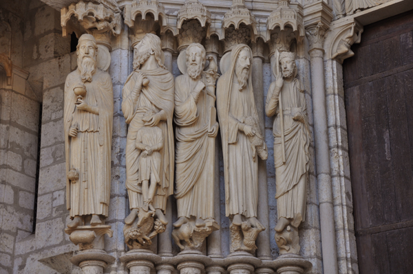 chartres02